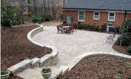 170HE-concrete-paver-patio_xlg-700x441